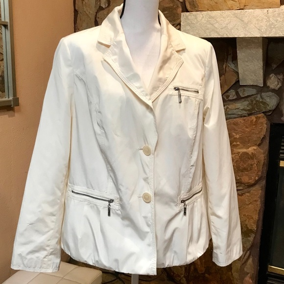 NEW Lane Bryant denim jacket coat 14//16 18//20 SLIMMING  *BEST SELLER THIS SEASON